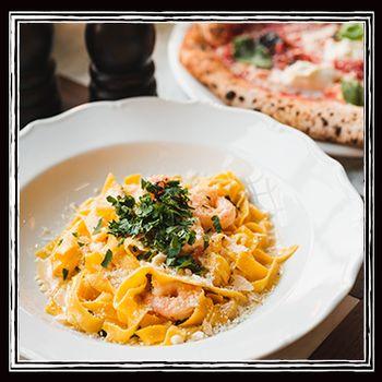 En tallrik med pasta